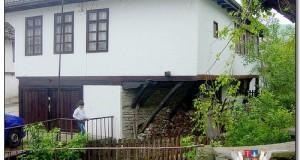 Аджи Генчовата къща с кладенеца - Трявна